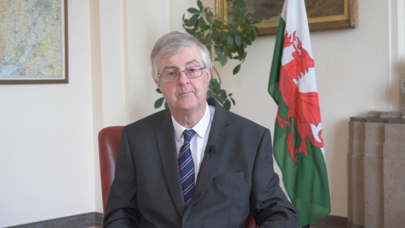 Mark Drayford First Minister Of Wales Called An Idiot Over Coronavirus Stance