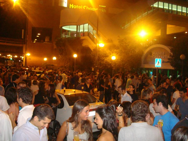 Youngsters being blamed for Spain's Covid case rise as police raid illegal house party with over 100 people in Spain's Torremolinos