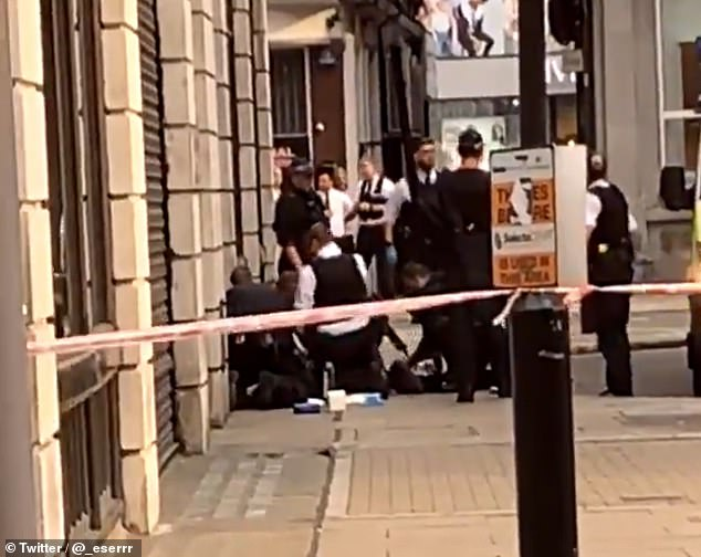 """Police partially Close Oxford Street after Person """"stabbed in broad daylight"""""""