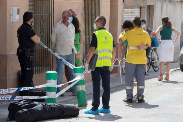 Woman found dead in her mother's house with gunshot wounds in Spain's Murcia - brother surrenders