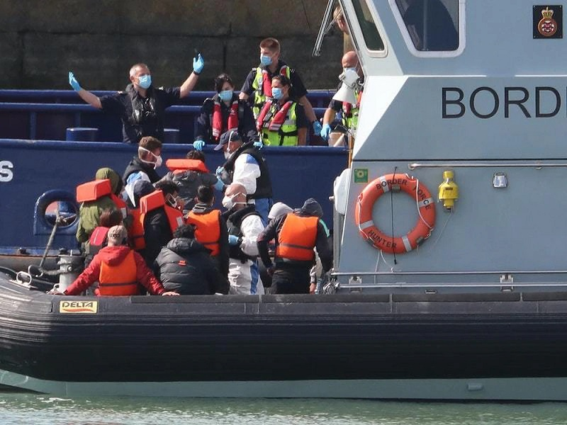 Urgent Enquiry Launched after 1100 migrants arrived in the UK in July alone