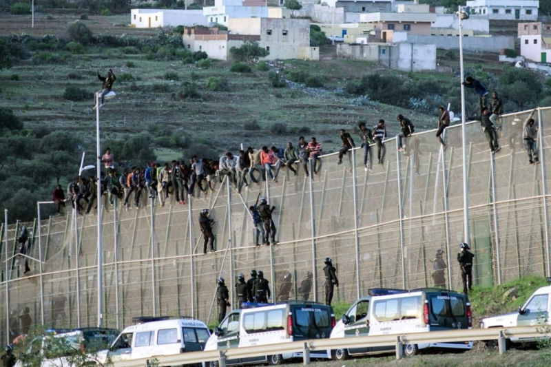 Spain's Pedro Sanchez Set To Build A Donald Trump style WALL to keep out migrants out of Spain
