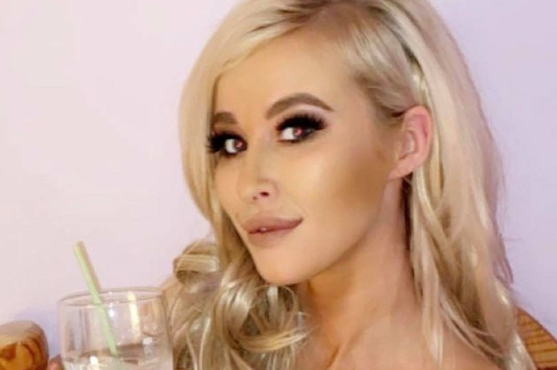 23 year old mother Amy Connor Found Dead Whilst On Holiday In Spain Will Be Buried Today In Pink Coffin