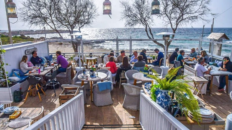 Outside dining BANNED on Spain's Mallorca & Ibiza Islands