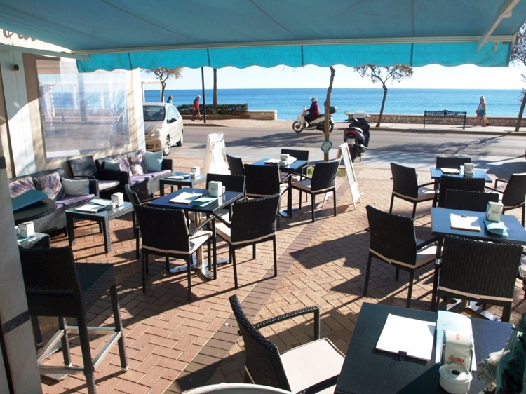 Expat Costa del Sol Bar Owners In Spain Fearing A 3pm Closure Regulation