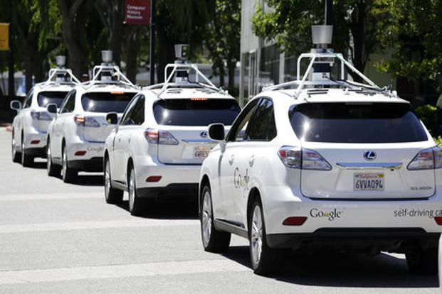 Apple plans self driving car by 2024