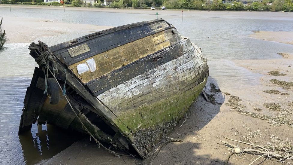 Boat tipping rife in Devon as residents dump boats causing health hazzards