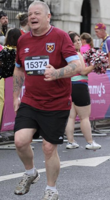 Hero Charity Runner Ran With Damaged Hamstring In London Landmarks Half Marathon